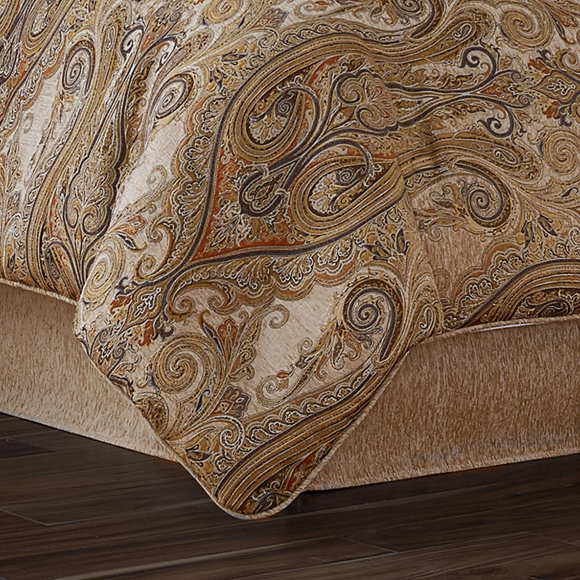 Luciana Beige Queen 4 Pcs Comforter Set