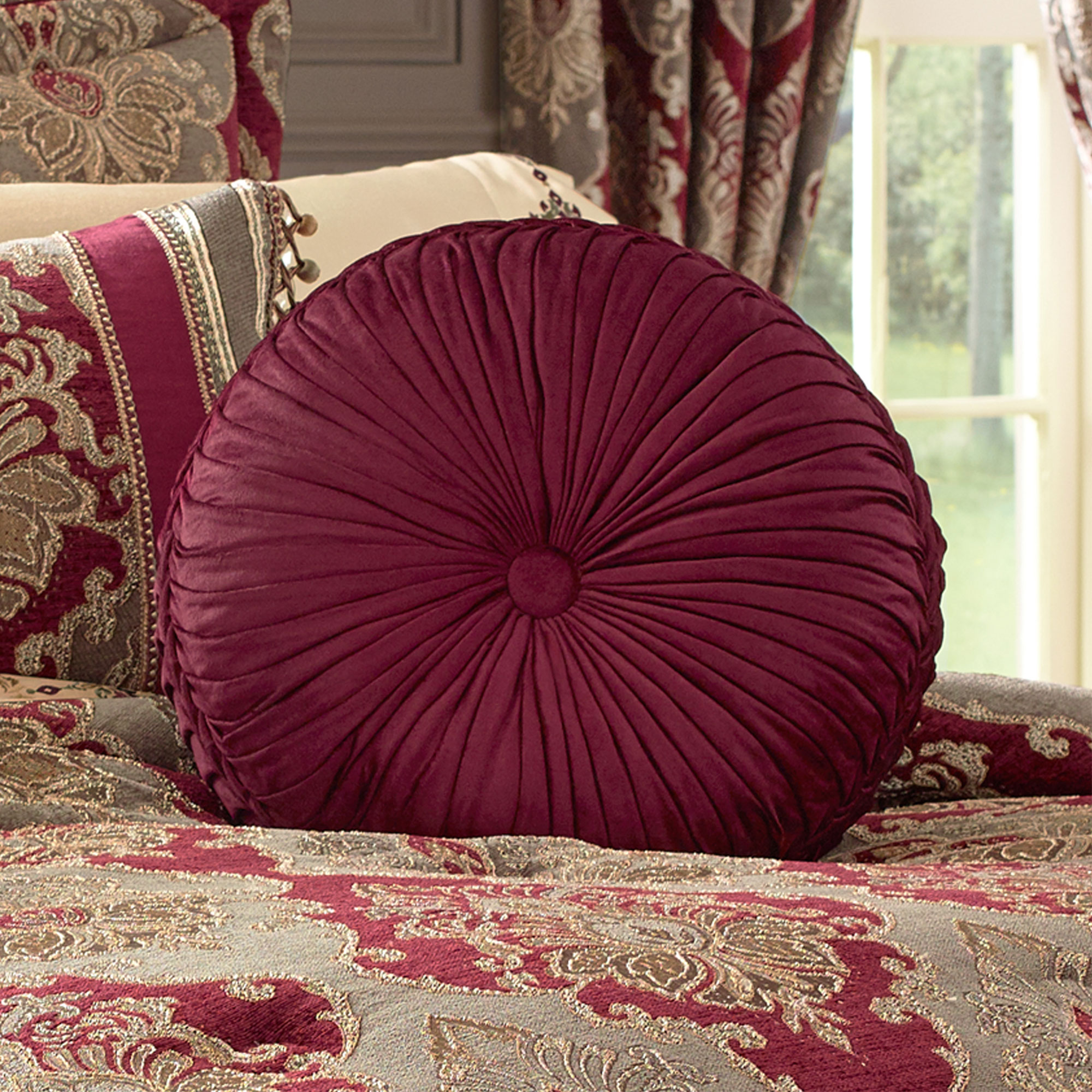 Crimson Cal King 4 Piece Comforter Set