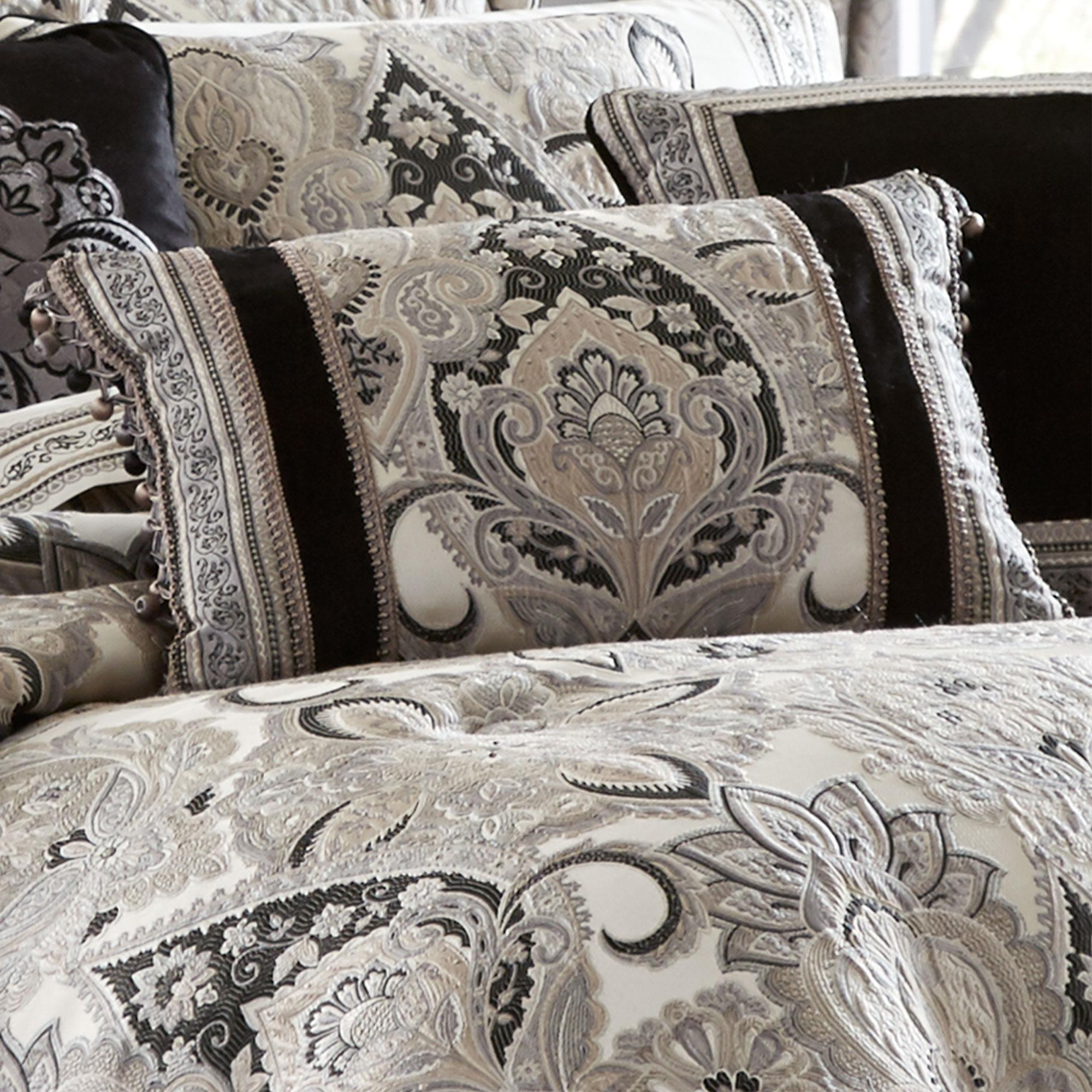 Guiliana Cal King 4 Piece Comforter Set