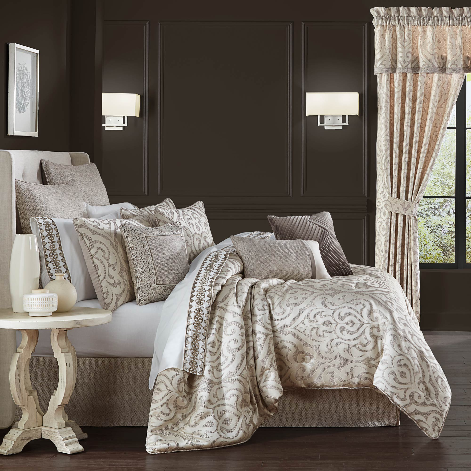 Milan Oatmeal Queen 4 Pieces Comforter Set