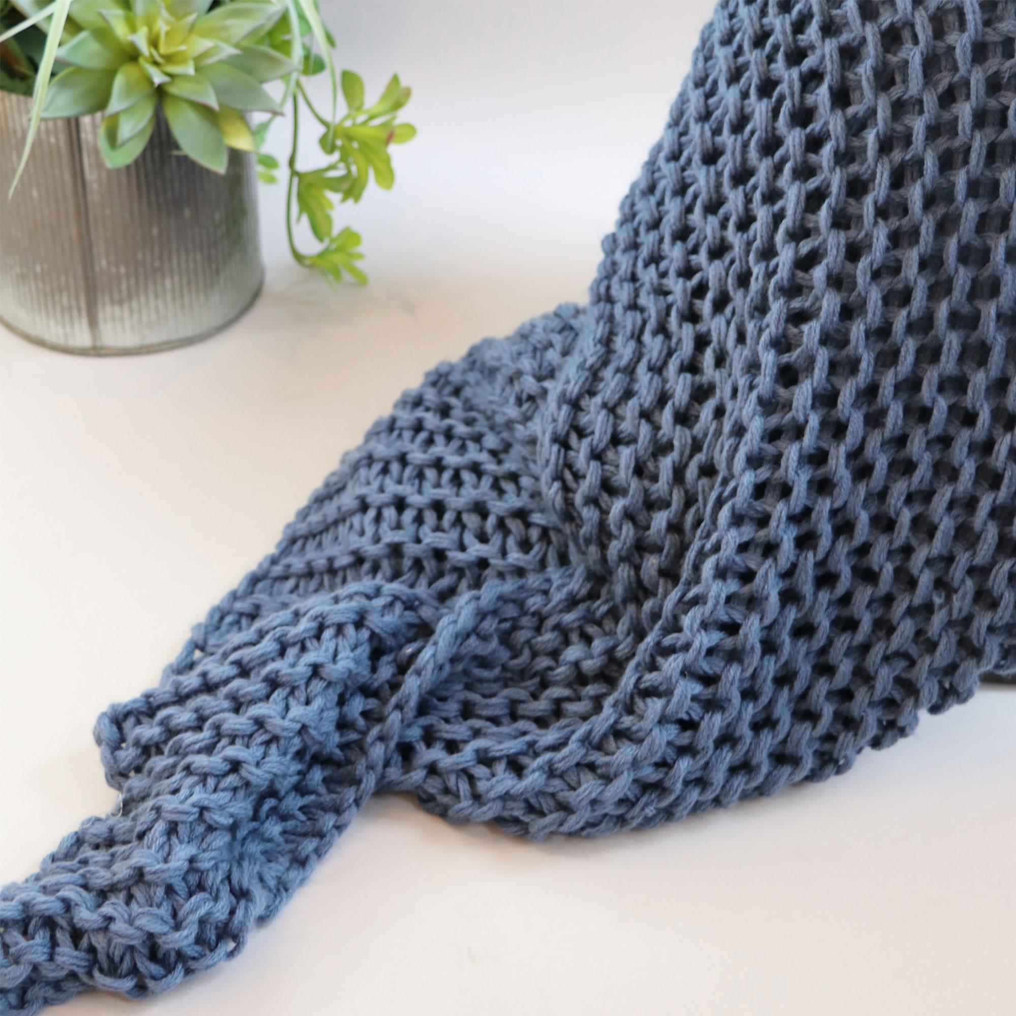 Luca Throw Blanket Blue