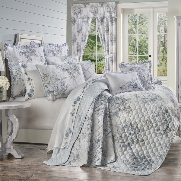Estelle Blue Twin 2PC. Quilt Set
