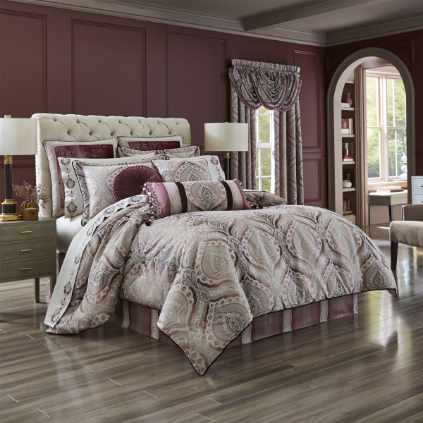 Gianna 4-Piece Comforter Set