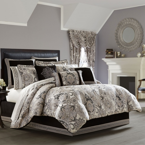 Guiliana Queen 4-Piece Comforter Set