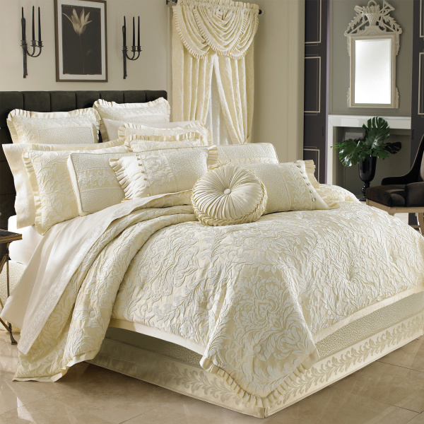 Marquis Queen 4-Piece Comforter Set