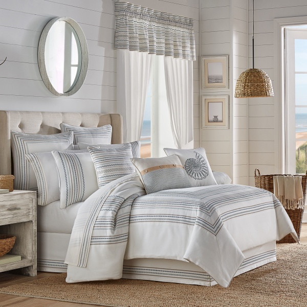 Waterbury Queen 4 Piece Comforter Set
