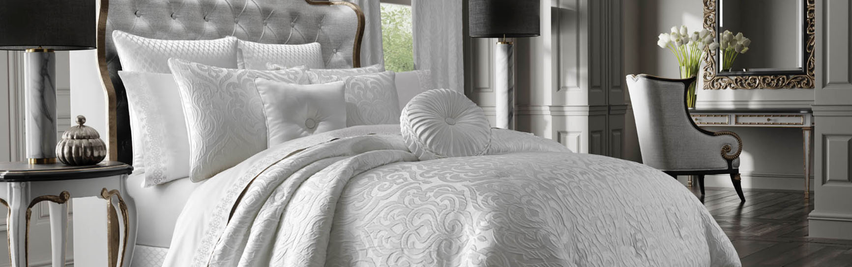 JQueen Bedding Collection