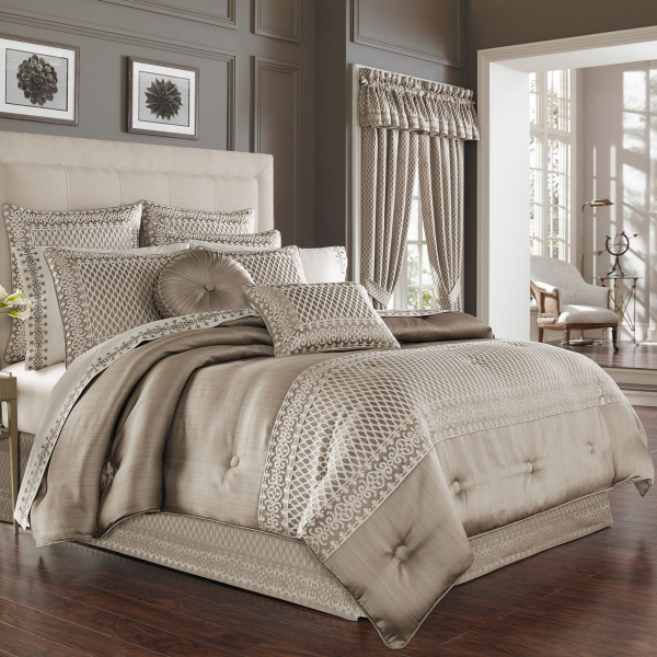 Beaumont Queen 4-Piece Comforter Set