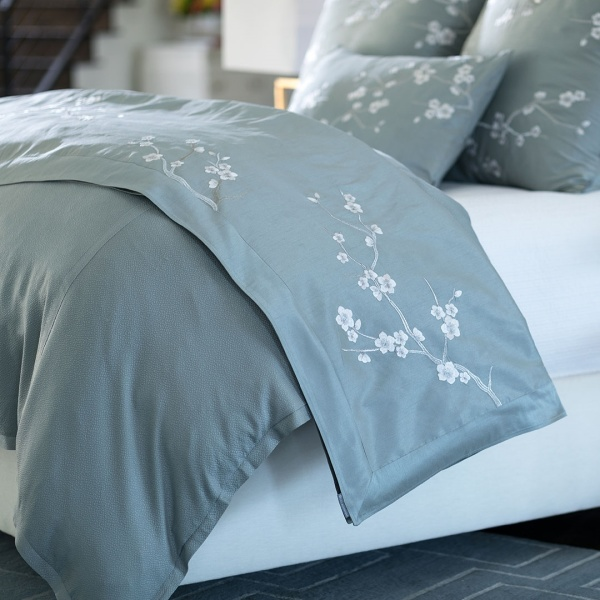 Blossom Throw Blue Poly Silk / Silver Embroidery 42x98
