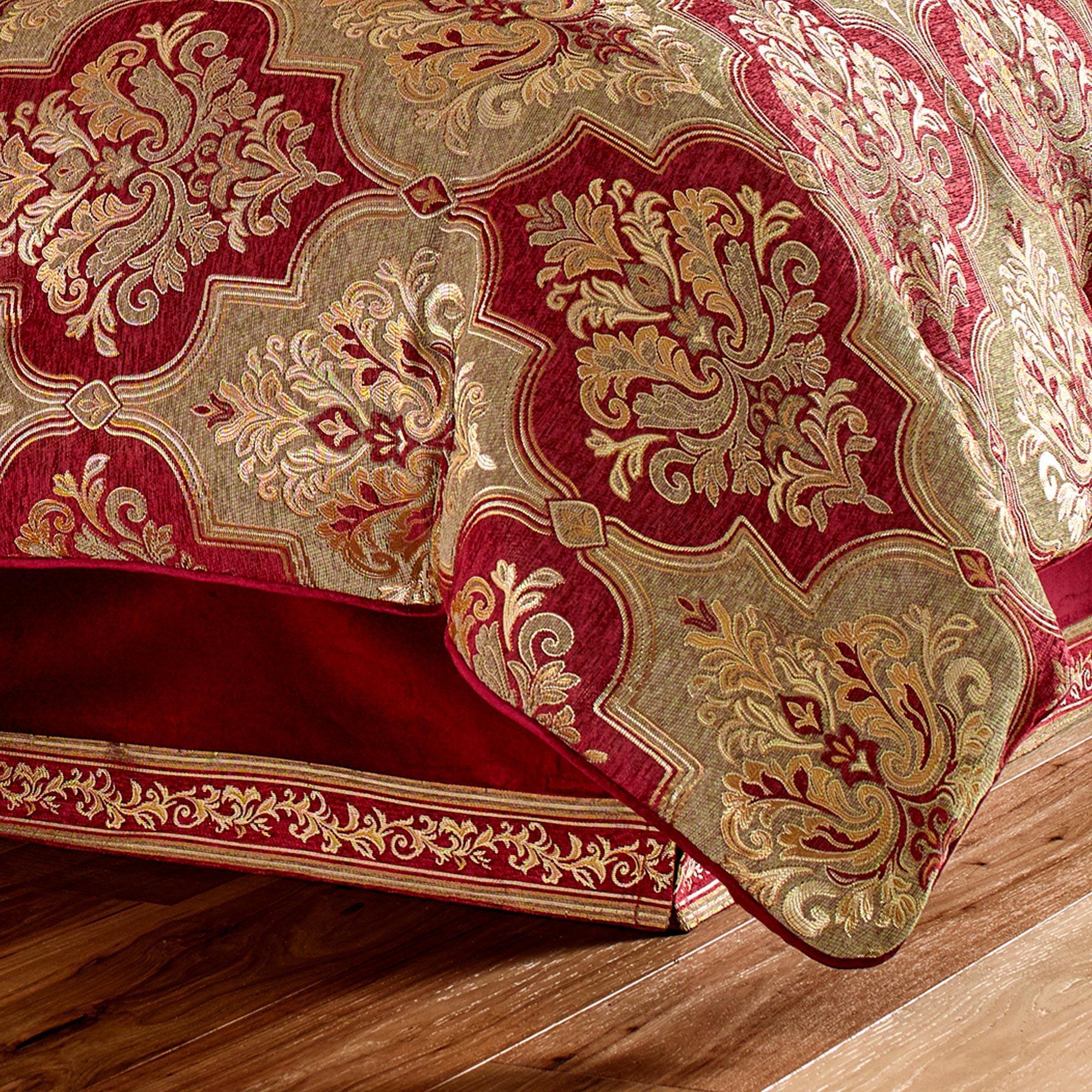 Maribella Queen 4 Piece Comforter Set