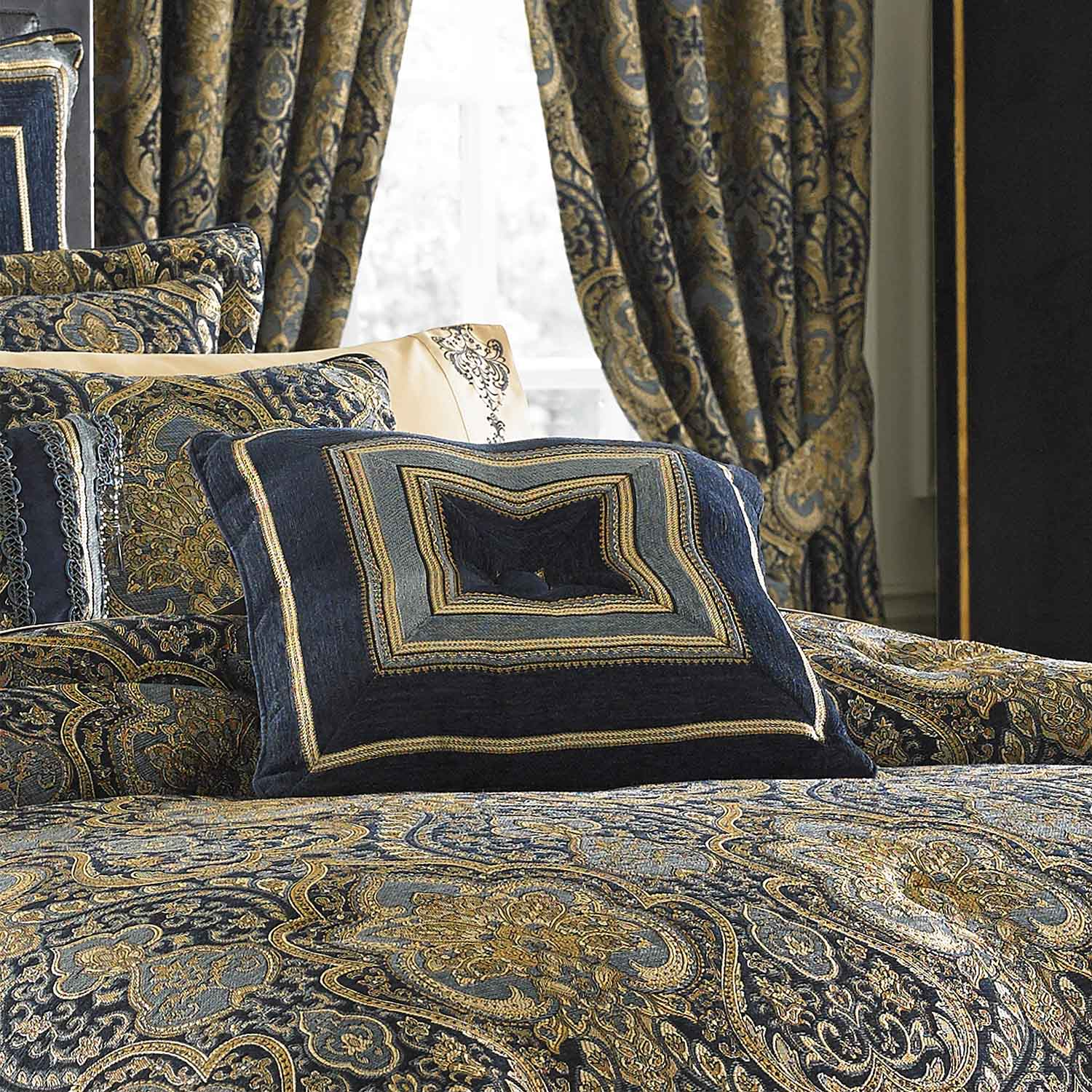 Palmer Teal Cal King 4 Piece Comforter Set