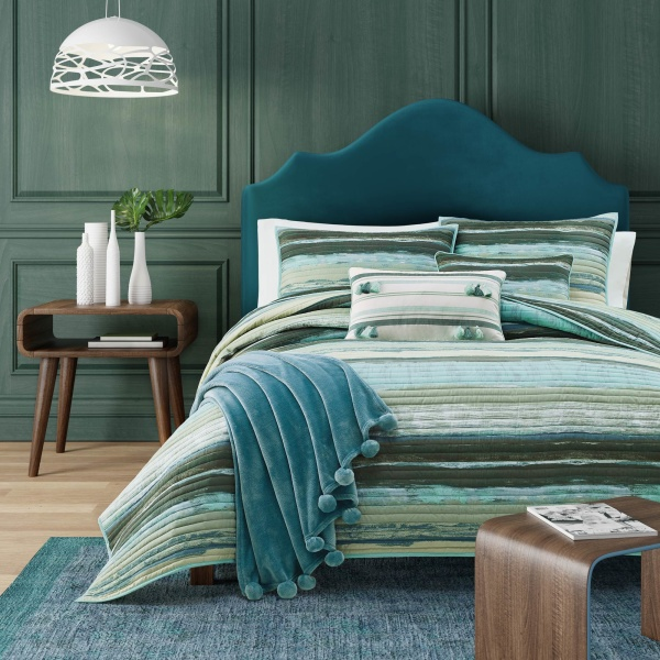 Cordoba Forest Coverlet Twin Comforter