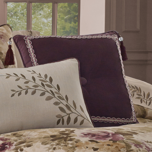 "Grace Amethyst 18"" Square Dec Pillow"