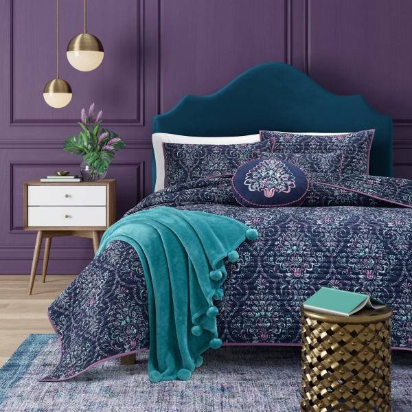 Kayani Coverlet Indigo Full/Queen Comforter