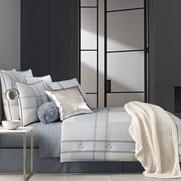 Leighton Blue Queen 4-Piece Comforter Set