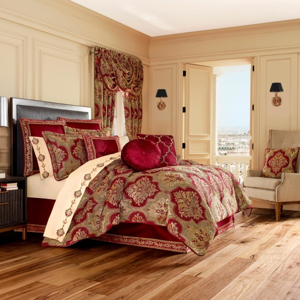Maribella Queen 4-Piece Comforter Set