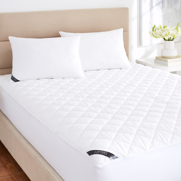 J. Queen New York Regal 233 Thread Count Cotton Top Allergen Barrier Waterproof Mattress Pad