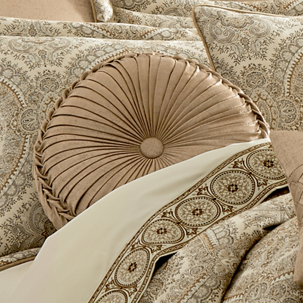 Sardinia Gold Tufted Round