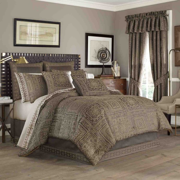 Warwick Mink Queen 4-Piece Comforter Set