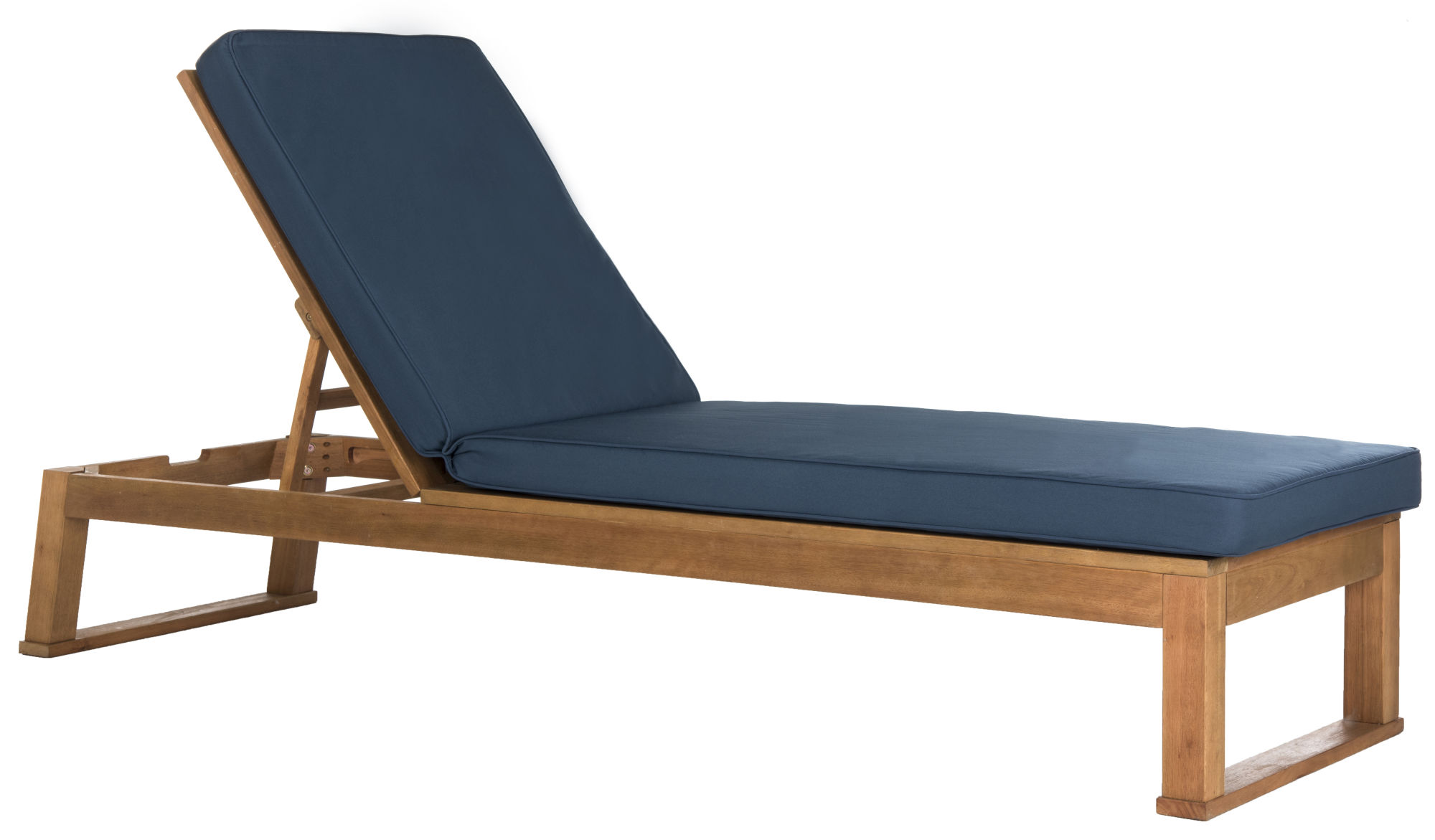 Solano Sunlounger on Safavieh Outdoor Living Solano Sunlounger id=97059