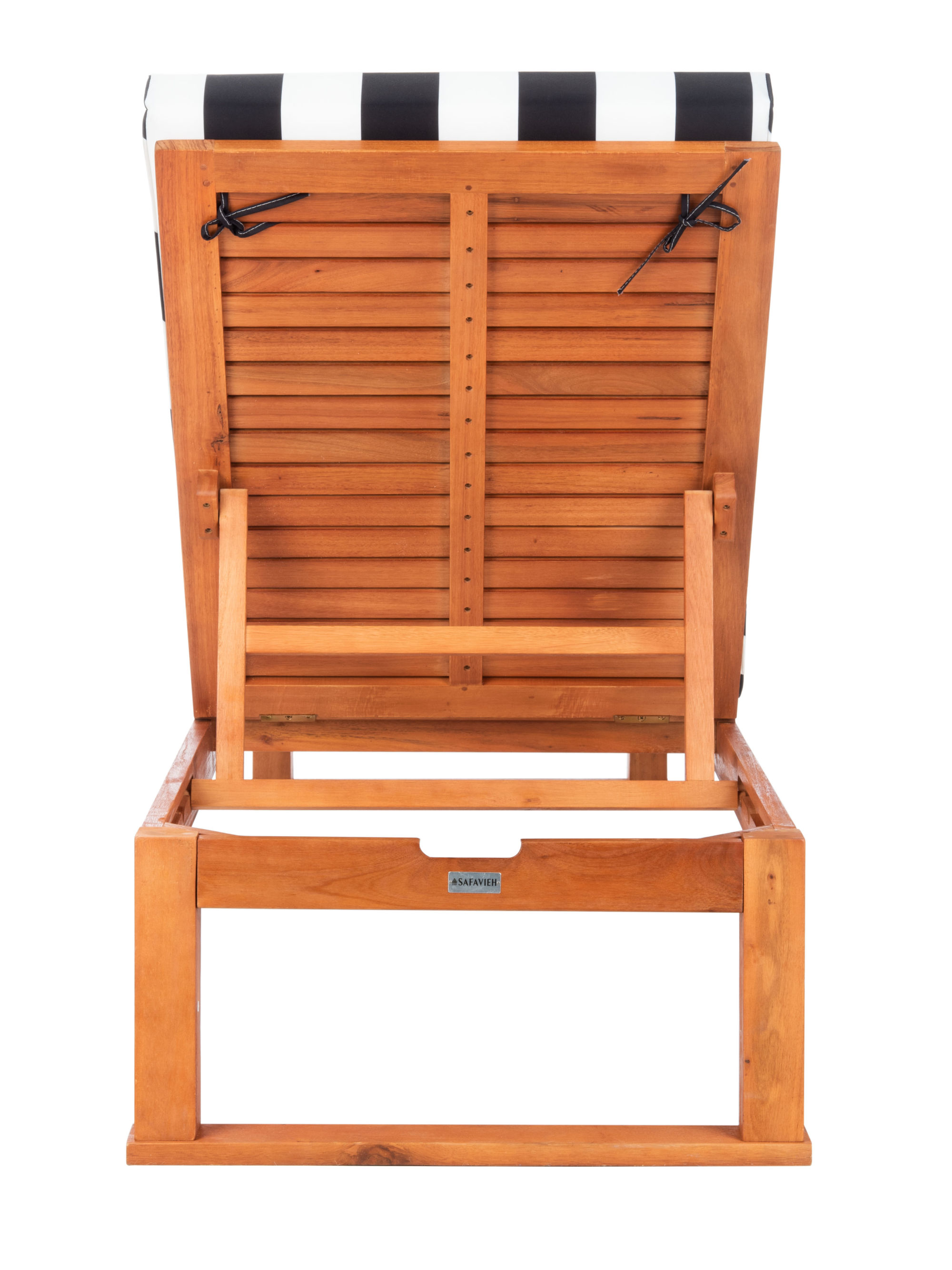 Solano Sunlounger on Safavieh Outdoor Living Solano Sunlounger id=49628