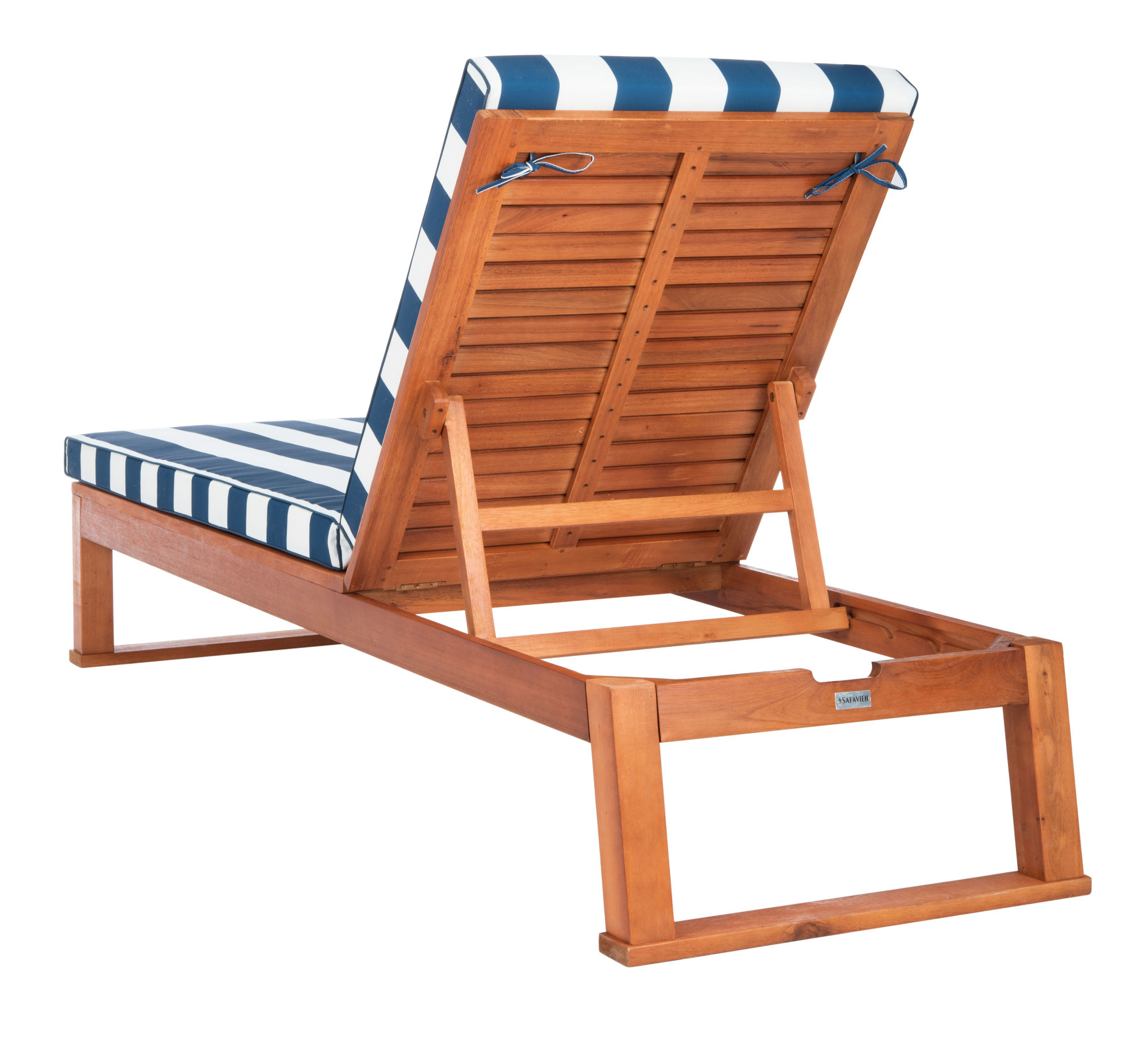 Solano Sunlounger on Safavieh Outdoor Living Solano Sunlounger id=67470