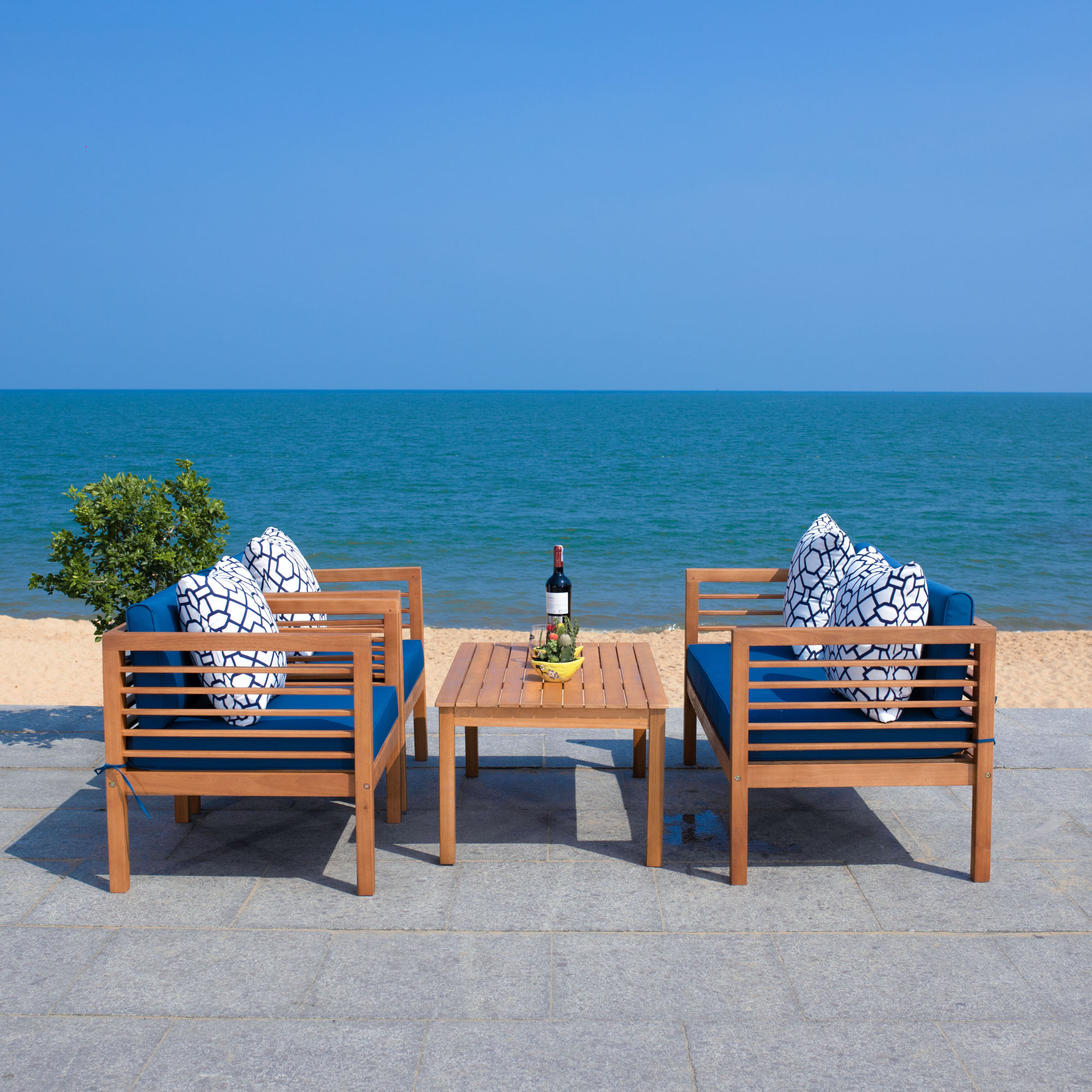 Alda 4 Pc Outdoor Set With Accent Pillows on Safavieh Alda 4Pc Outdoor Set id=61635