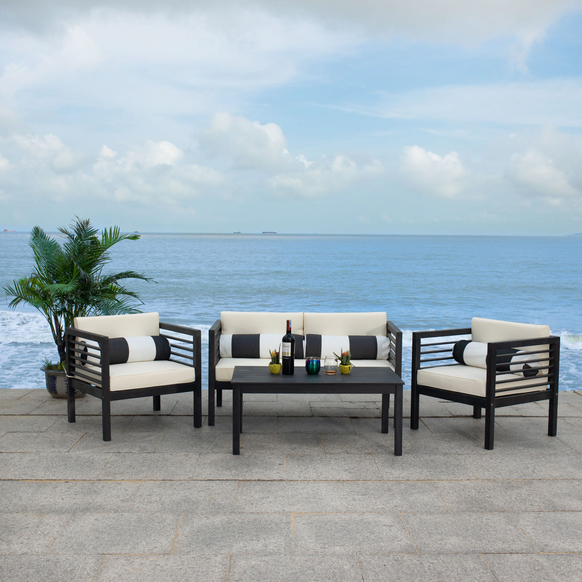 Alda 4 Pc Outdoor Set With Accent Pillows on Safavieh Alda 4Pc Outdoor Set id=90459