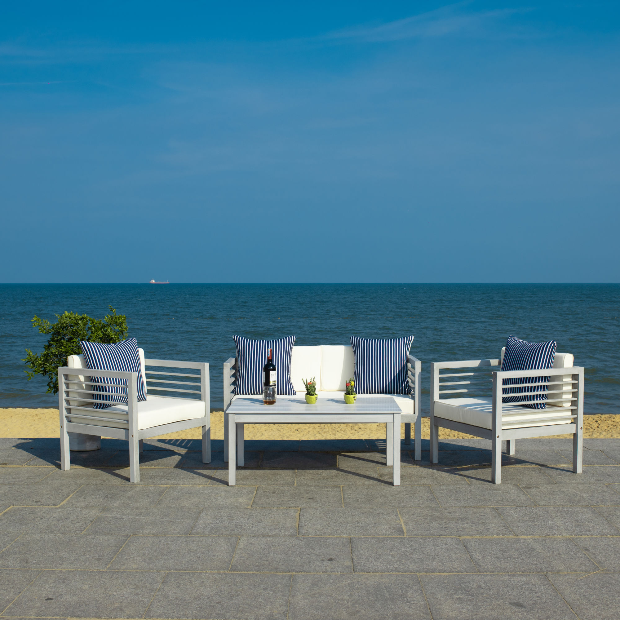 Alda 4 Pc Outdoor Set With Accent Pillows on Safavieh Alda 4Pc Outdoor Set id=24836