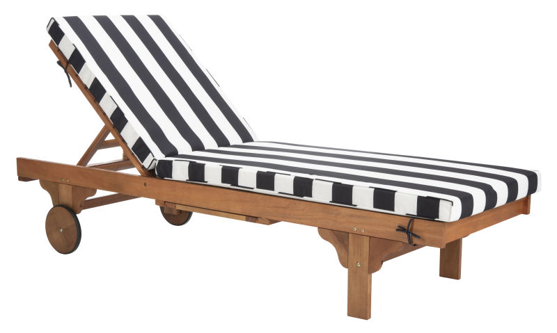 PAT7022D Newport Chaise Lounge Chair with Black & White  Cushion and Side Table
